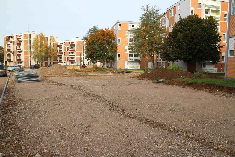 Début des terrassements pour la construction des maisons individuelles maille Karine.