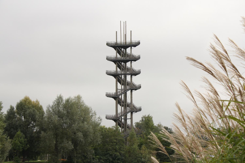 La Weißtannenturm, d'ordinaire un observatoire, a servi de piste de course verticale ce samedi 12 octobre.