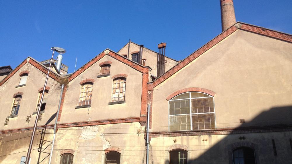 Les trois bâtiments donnant sur la rue des Chasseurs seront rénovés.