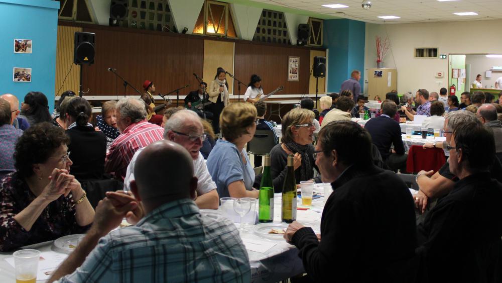 Une centaine de personnes s'était déplacée pour la soirée.