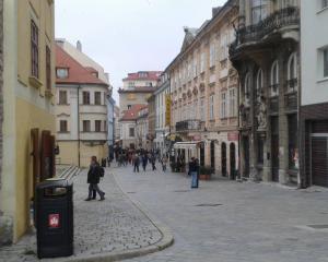 Sur la carte de l'Europe:                    Direction, la Slovaquie
