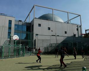 Nouvelle mosquée de Hautepierre : les croyants sur un pied d'égalité