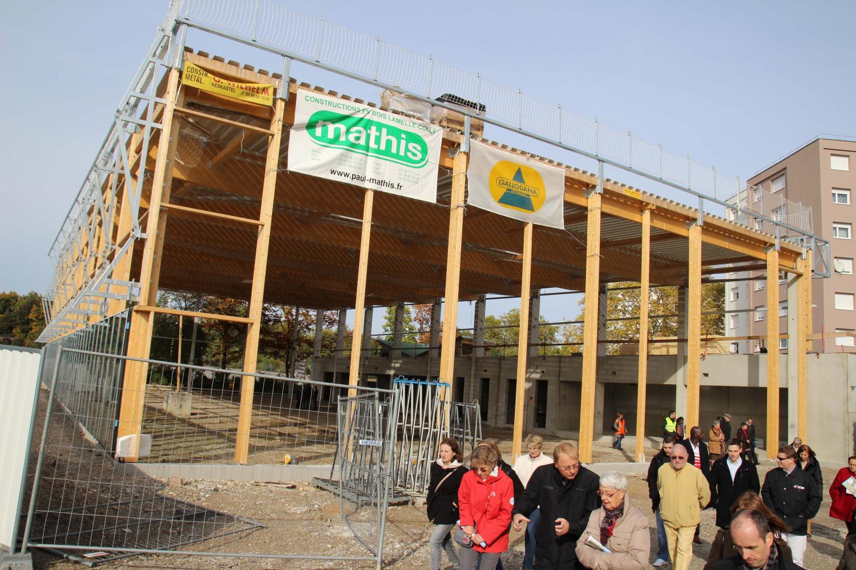 Nouveau gymnase, vu de l'extérieur.