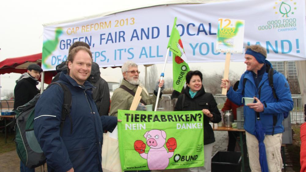 Parmi les organisations européennes présentes: Bund, Campact (All) Les amis de la Terre, Les jeunes écologistes...