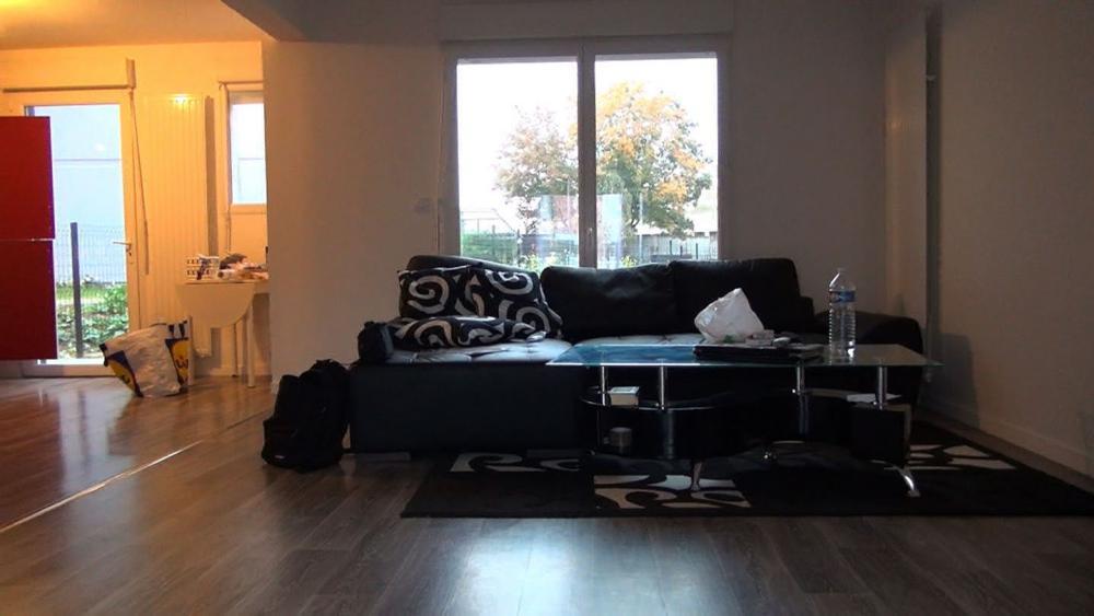 La maison de Sonia et Faycal Abassi est composée de quatre pièces, d'un garage et d'un jardin avec terrasse.