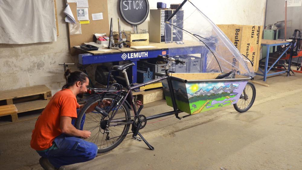 Ce vélo-cargo c'est 120 heures de travail.