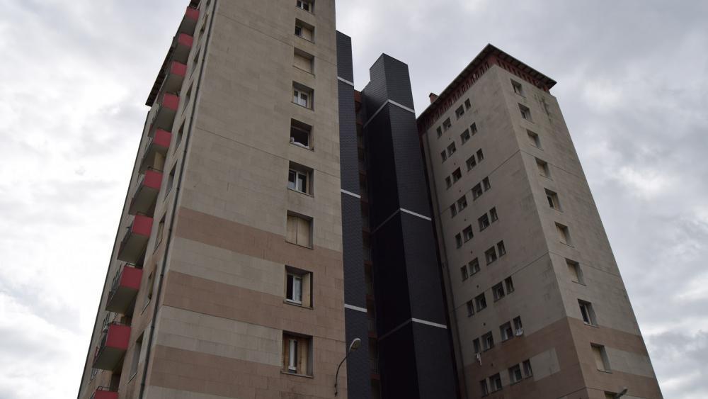 Au 15, rue de Provence, la tour va également tomber. /Photo Aurélien Gerbeault