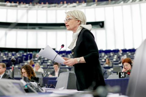 Françoise Grossetête, députée PPE, est la rapporteure du projet de réglement pour les médicaments  vétérinaires